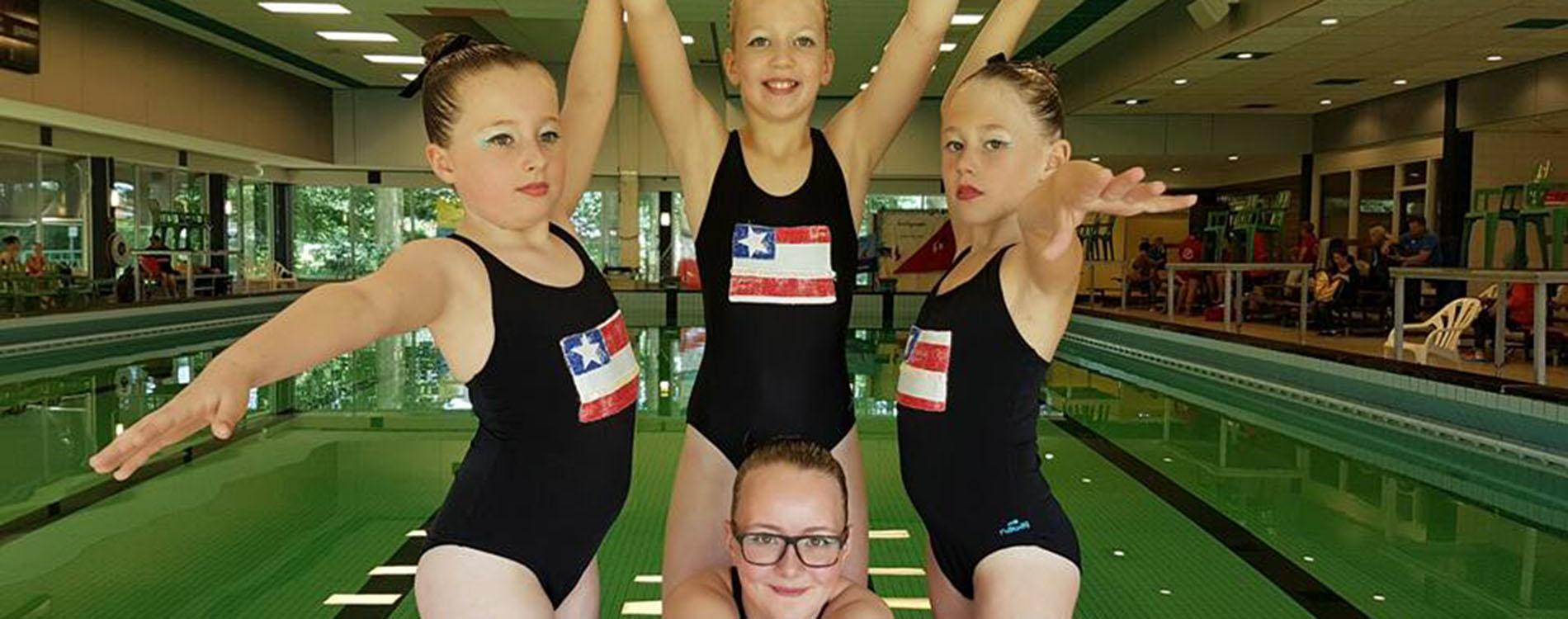 Synchroon zwemmen Eindhovense Watervrienden 11